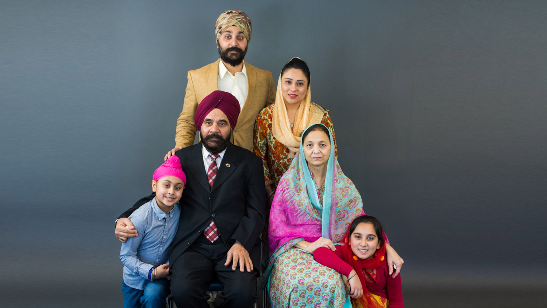 Kamalsinghs-familyMGP_1808-1